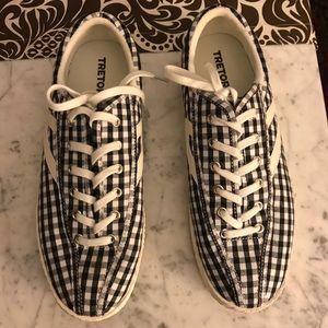 Tretorn gingham nylite sneaker size 8 like new